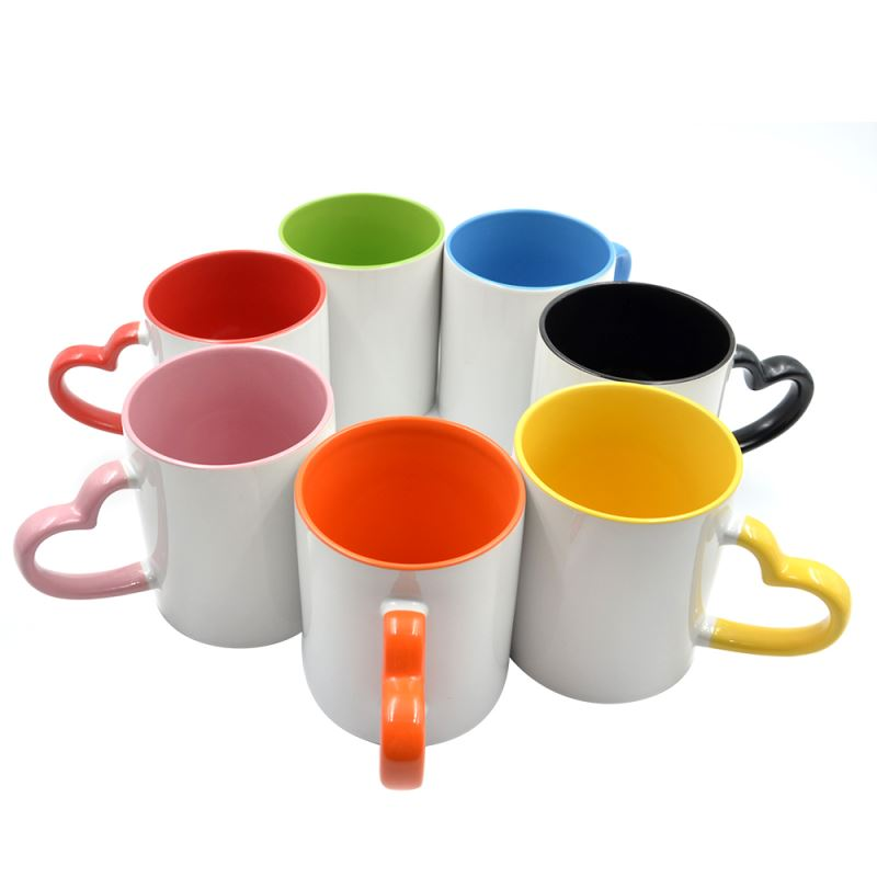 11oz Inner and Handle Color Mug With Heart Hand